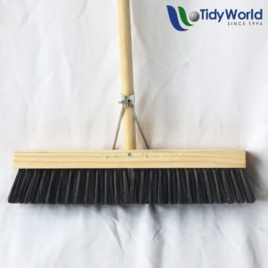 Soft brisstle platform broom